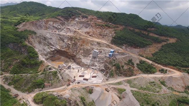 石料生产线生产现场